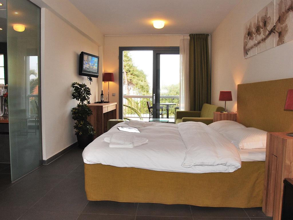 Junior Suites Hanioti Village Resort Hotel In